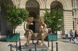 Conversations - a beautiful sculpture in Havana squares